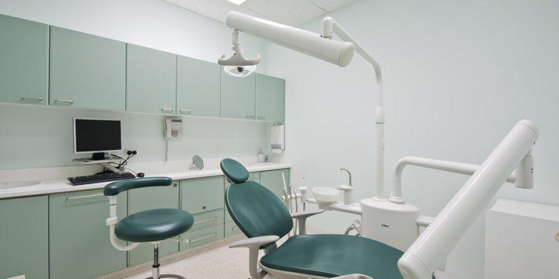 matériel pour cabinet dentaire